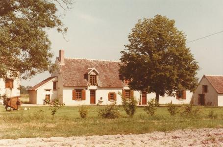 1984 devant de la maison